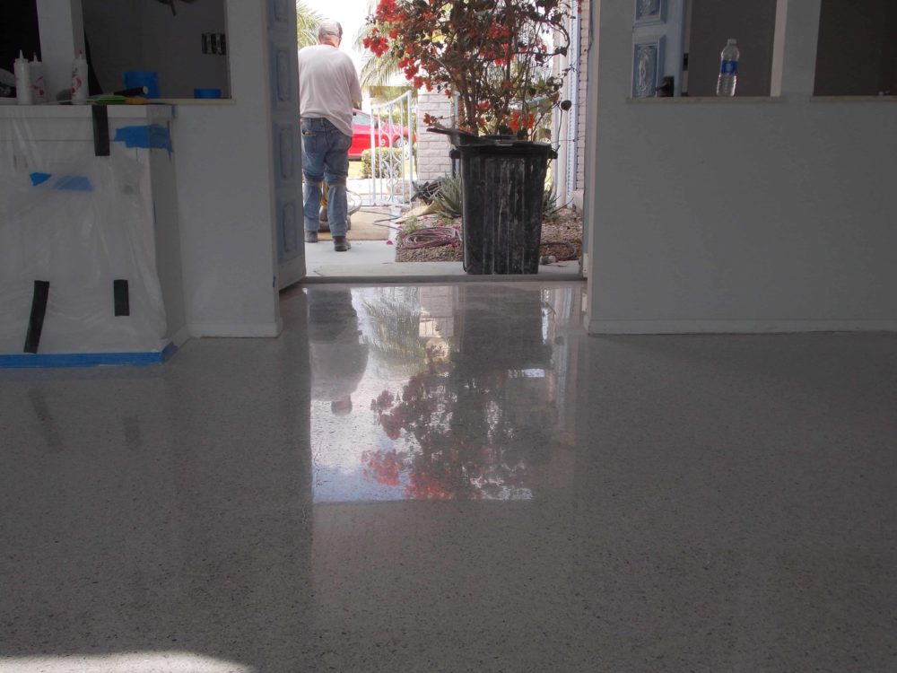 Wow shine on a Sun City Center terrazzo floor